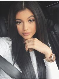 Parrucche Kylie Jenner Lungo Liscia Full Lace Di tendenza